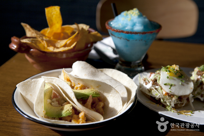 경리단길에서 찾아낸 맛있는 이국적인 식당 세 곳