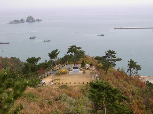 Sinseondae Cliff (신선대(부산))