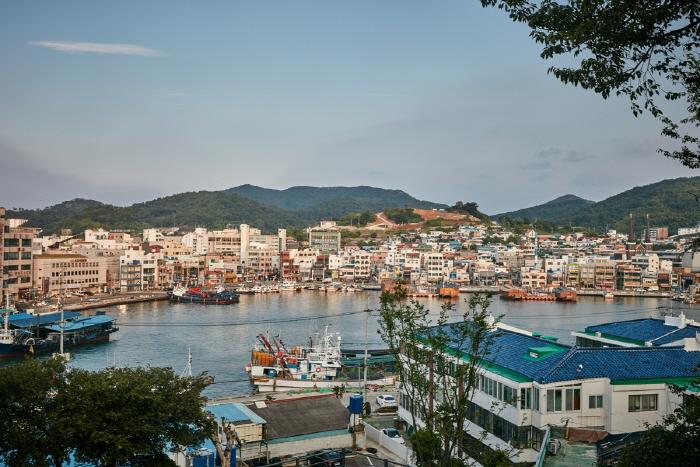 Порт Кангуан (강구안)