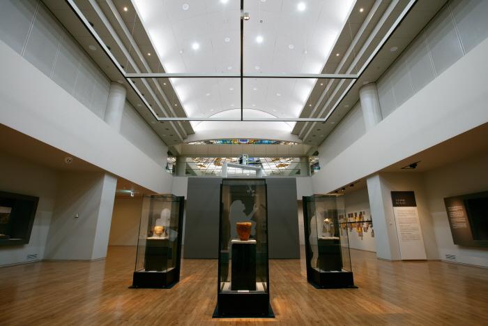 Jeju National Museum (국립제주박물관)
