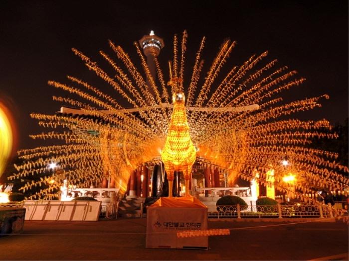 2565釜山燃灯祭り(2565부산연등축제)