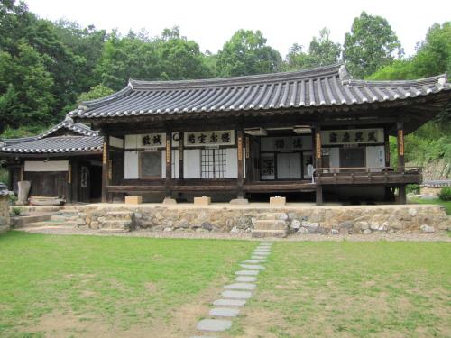 House of Chiam ([명품고택]치암고택)