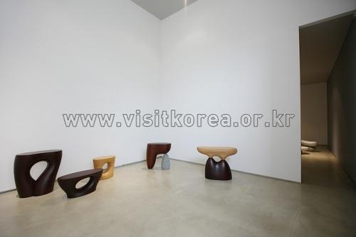 Галерея Чо Хён (조현화랑)10