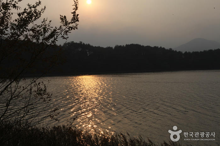 Озеро Хвачжинпхо (화진포)3