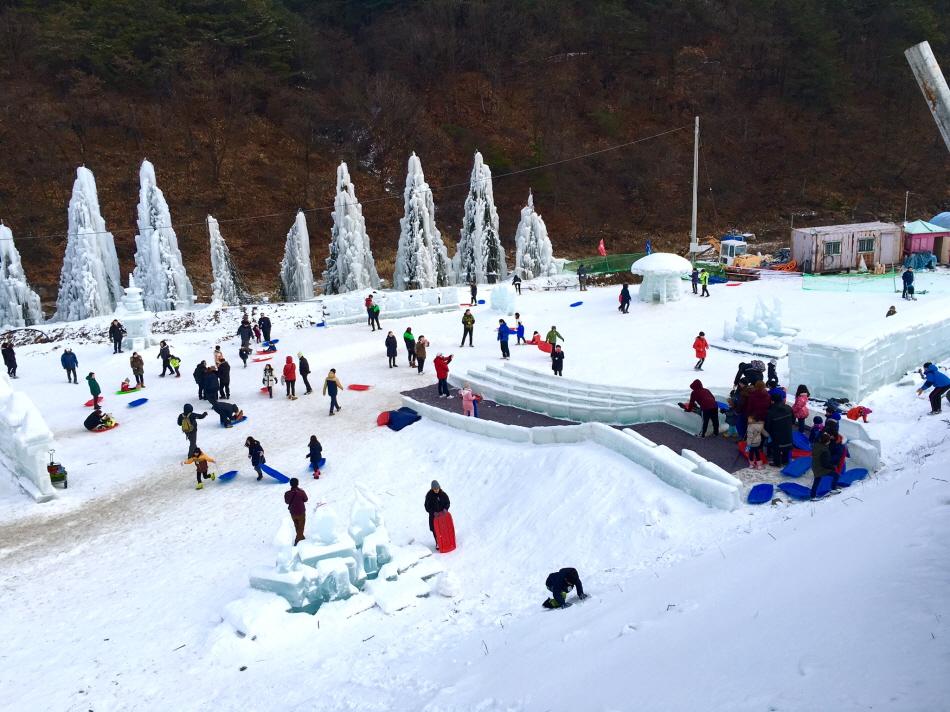 겨울을 만끽할 수 있는 포천백운계곡동장군축제