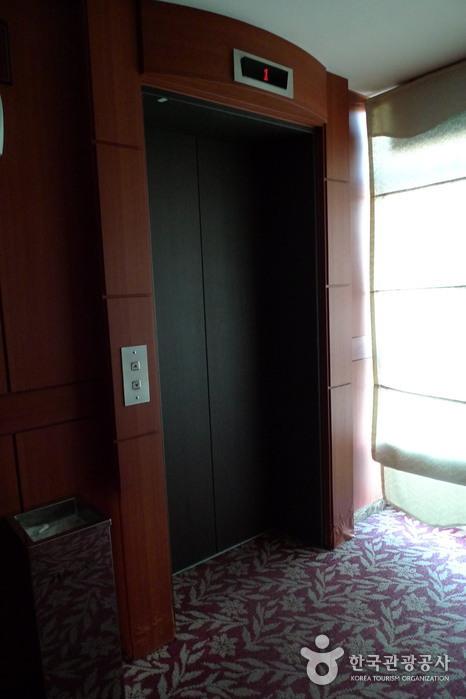 仁川空港ビーチホテル(인천비치관광호텔)