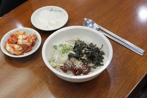 Myeongdong Halmeoni Guksu - Main Branch (명동할머니국수(본점))