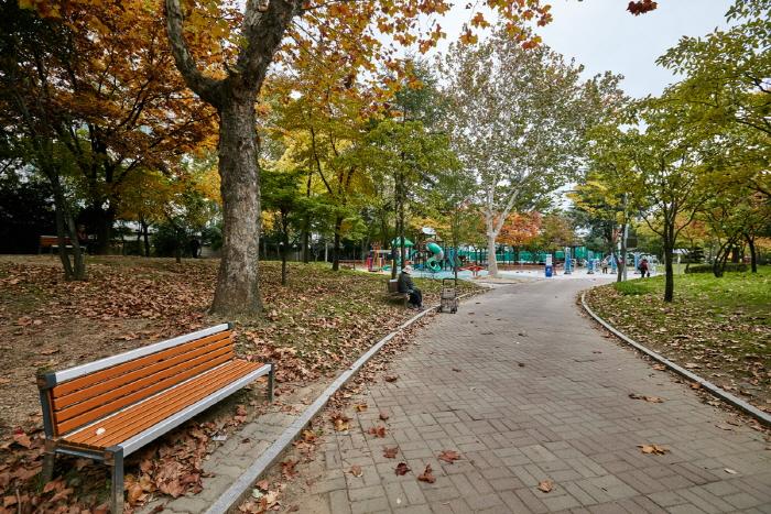 감삼못공원