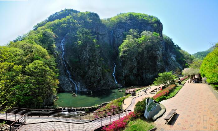 Kreispark Gangcheonsan (강천산군립공원)