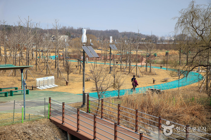 春川文学公園(춘천문학공원)