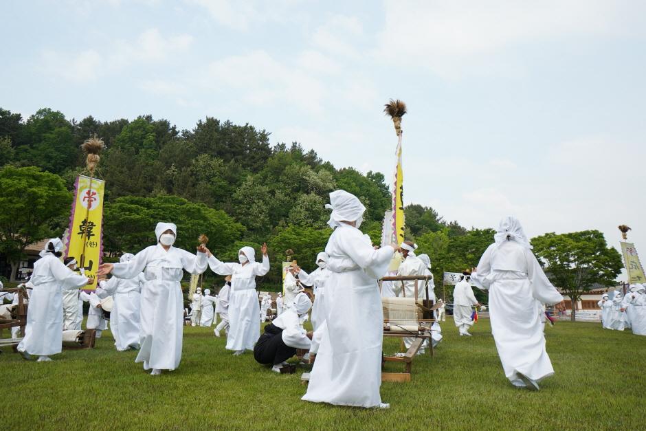 [文化観光祭り] 韓山カラムシ文化祭り([문화관광축제] 한산모시문화제)