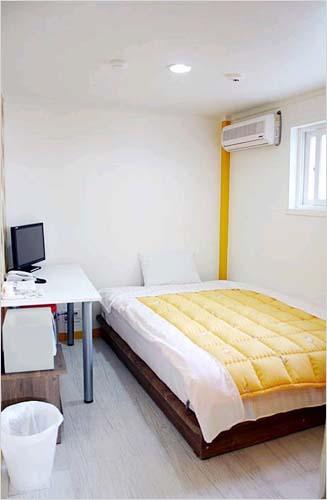 Traveler's A Hostel (트레블러스A 호스텔)
