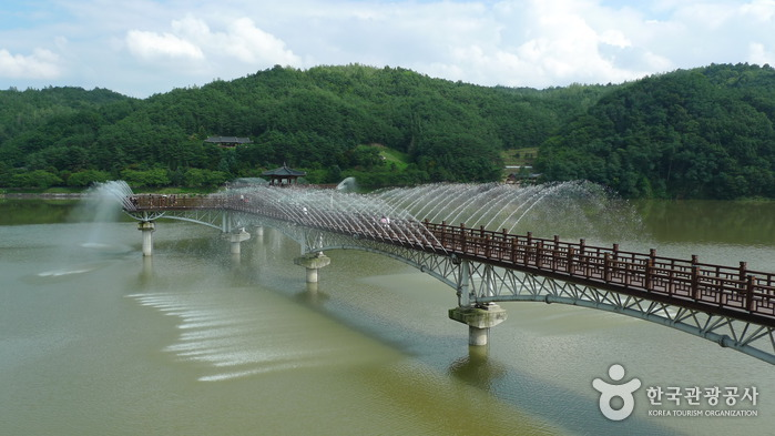 Woryeonggyo Bridge (...