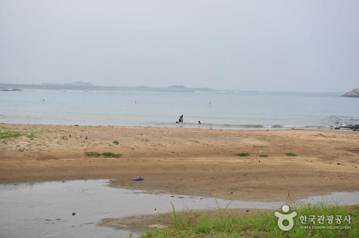 Strand Hamo-ri (하모리해변)