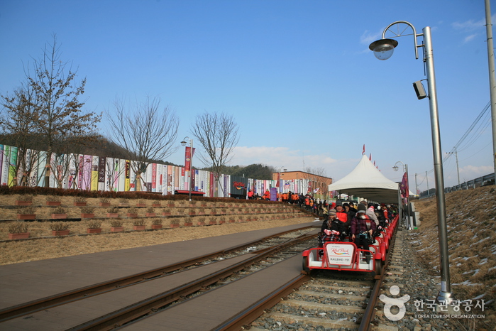 Парк железнодорожных велосипедов Канчхон (강촌레일파크)17