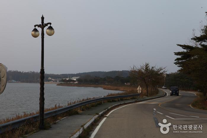 Озеро Хвачжинпхо (화진포)2