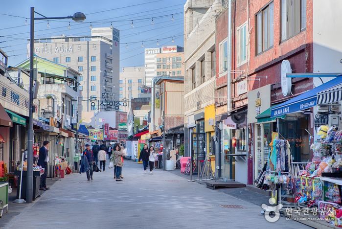 1913 Songjeong Station Markt (1913송정역시장)