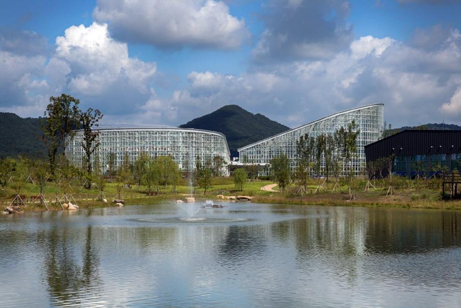 世宗湖公園一帯(세종호수공원 일원)