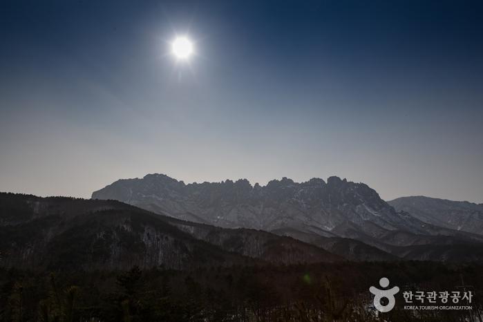 雪岳山 蔚山岩(설악산 울산바위)