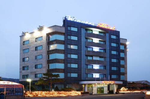 Winners Tourist Hotel (위너스 관광호텔)