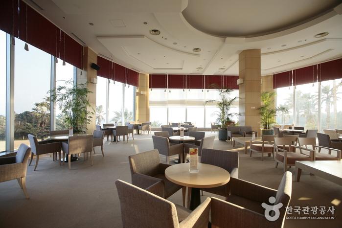 KAL Hotel Seogwipo (서귀포KAL호텔)
