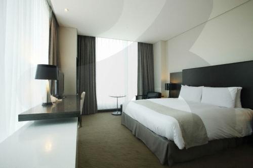 Orakai Songdo Park Hotel (오라카이 송도파크호텔)