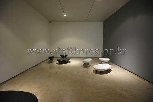 Галерея Чо Хён (조현화랑)7