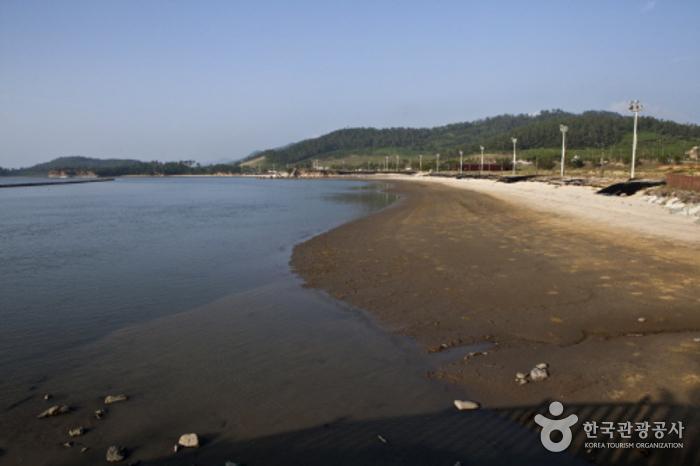 Oceano Tourism Complex (오시아노 관광단지)
