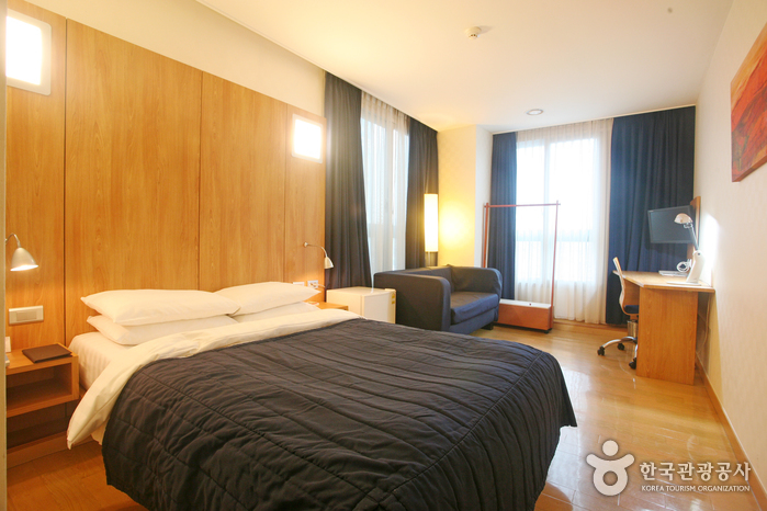 Ramada Encore Pohang Hotel (  )