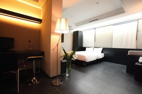 Hotel Irene (호텔 아이린)