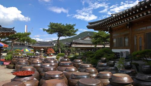 Sunchang Jang (Fermented Sauce) Experience Center (순창장류체험관)