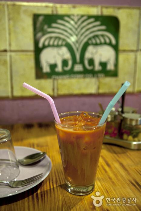 Ресторан тайской кухни Tuk Tuk Noodle Thai (툭툭누들타이)4