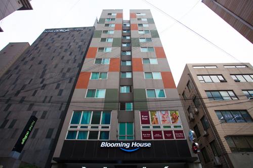 Blooming House Residence - Goodstay (블루밍하우스레지던스 [우수숙박시설 굿스테이])