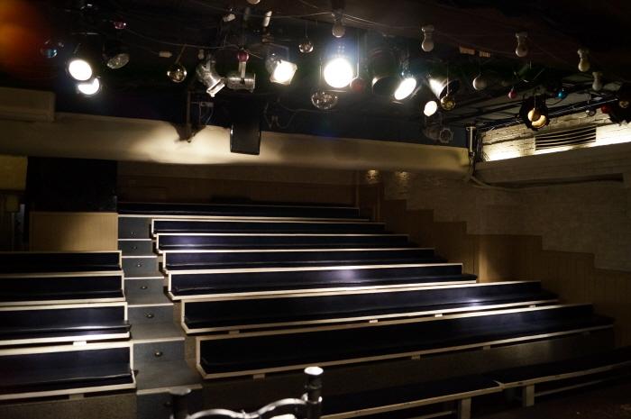 マロニエ劇場(마로니에극장)