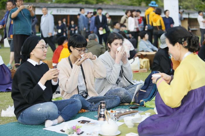 宝城茶香节(보성다향대축제)