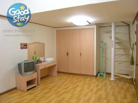 지리산리틀프린스펜션 [우수숙박업소 굿스테이] 펜션복층룸2