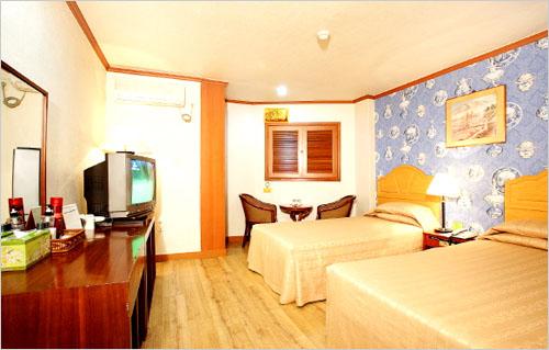 Gaya Tourist Hotel (가야관광호텔)