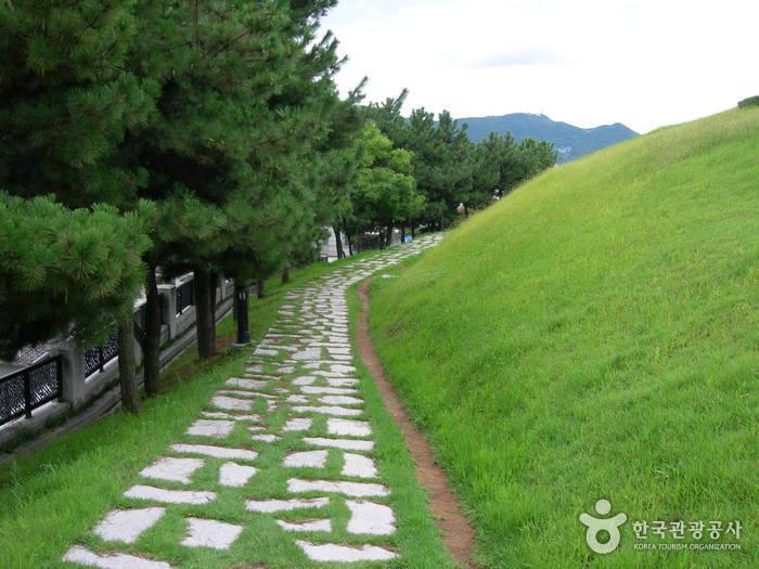 Музей Покчхон (Пусан) (복천박물관(부산))20