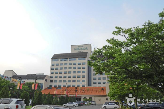Hotel Miranda Icheon (호텔 미란다 이천)