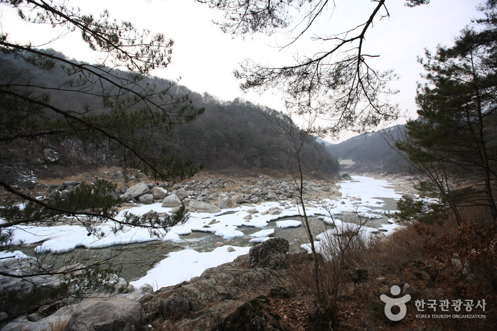 Naerincheon Valley (인제 내린천)