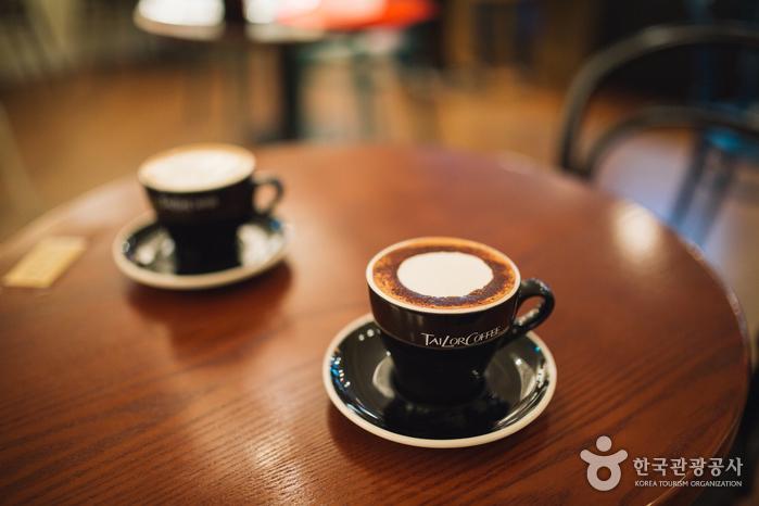 TAILOR COFFEE(테일러커피)