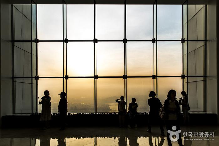 Lotte World Tower Seoul Sky (롯데월드타워 서울스카...