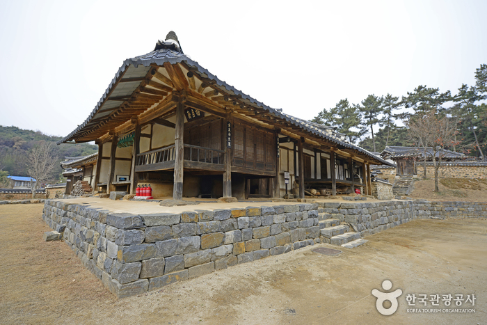 Baek il heon Head House (논산 백일헌 종택)