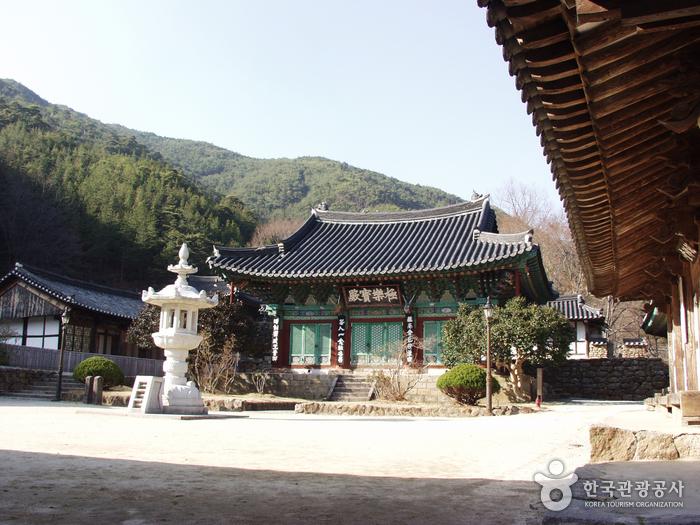 Храм Чхонынса (천은사(구...