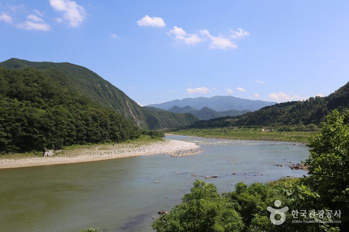 Yundaechun Rafting