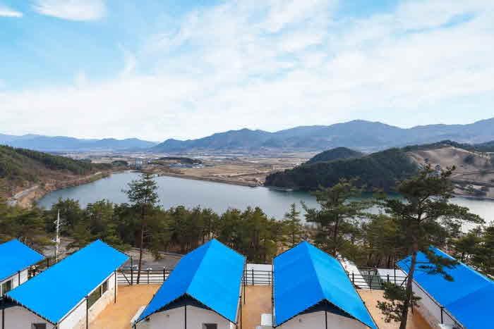Jirisan Lake Resort (지리산호수리조트)
