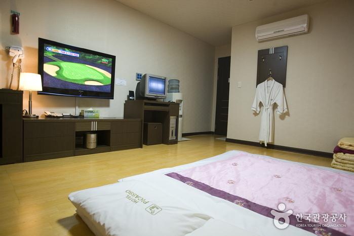 ピカソホテル(江原)[韓国観光品質認証](피카소호텔(강원)[한국관광품질인증제/ Korea Quality])
