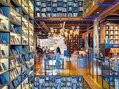 Un tour por cafés literarios: elegancia y relax