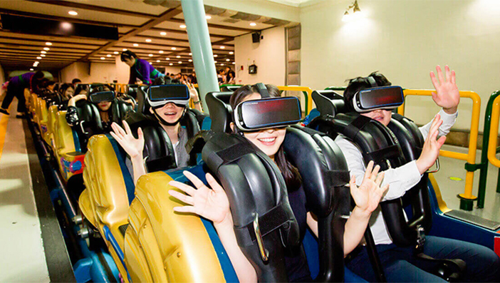 Attraction 'VR Ride' (aut : Lotte World)