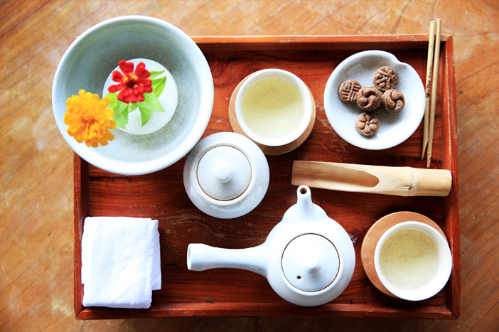 Tea ceremony experience at Wild Tea House